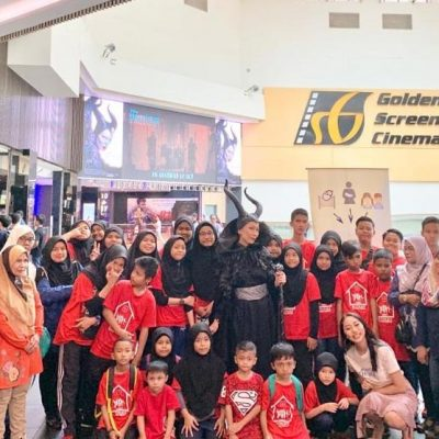 awareness-charity-movie-premiere